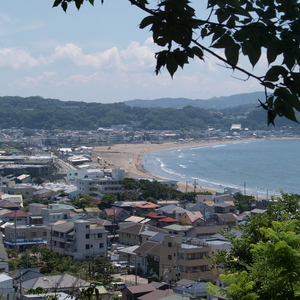 View from Hase-dera to the beach of Kamakura