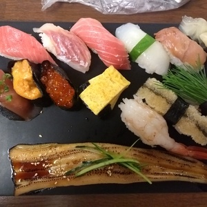 Nigiri with various kinds of fish